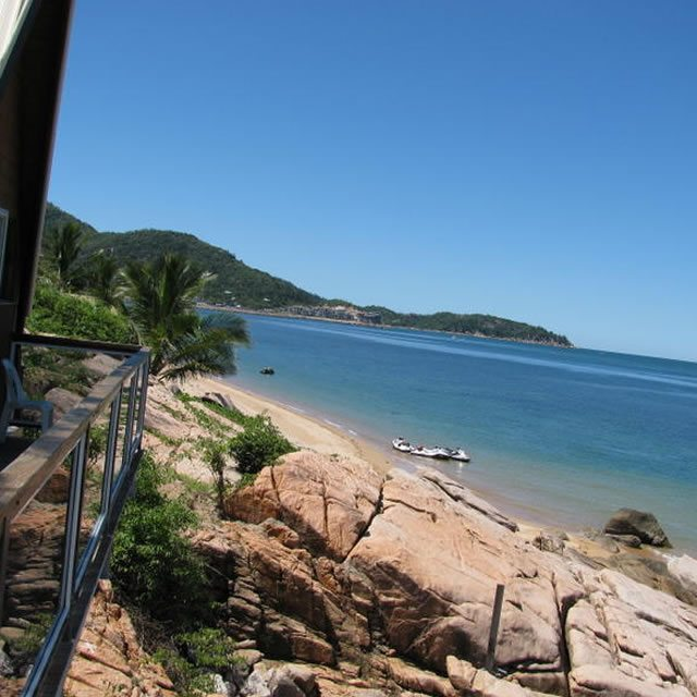 Base Magnetic Island03