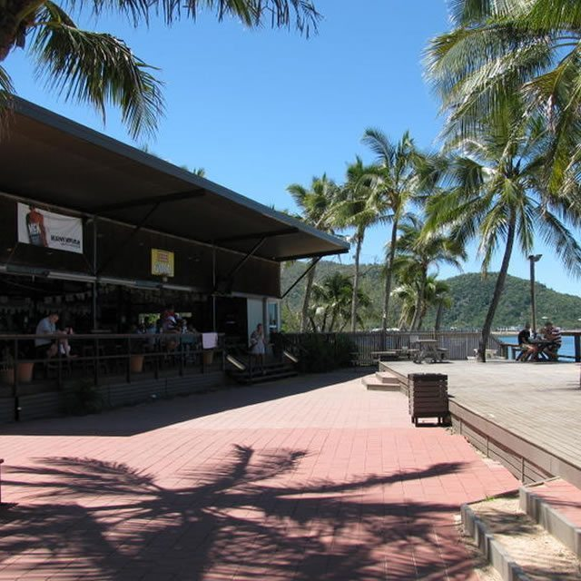 Base Magnetic Island08