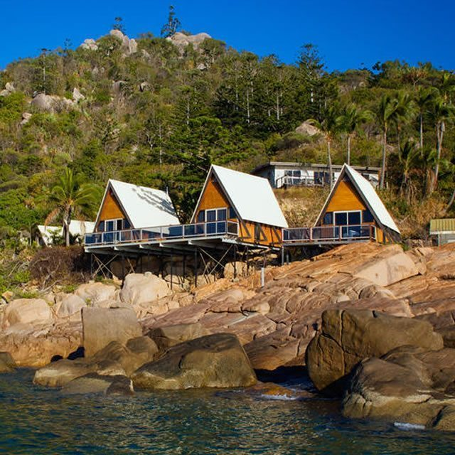 Base Magnetic Island09