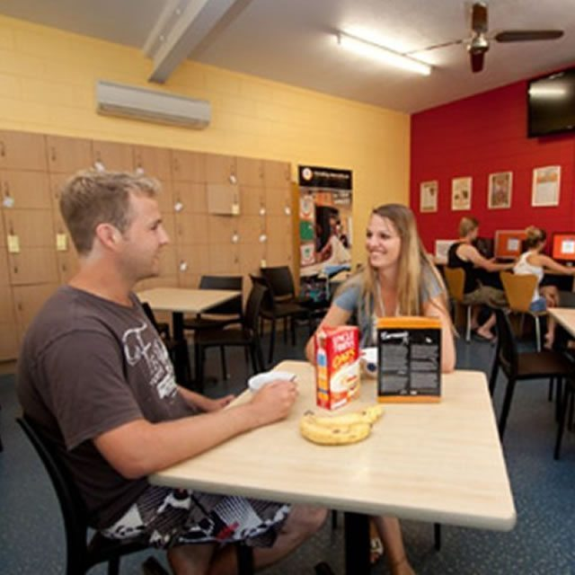 Cairns Central Yha06