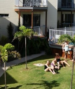 Emus Beach Resort01