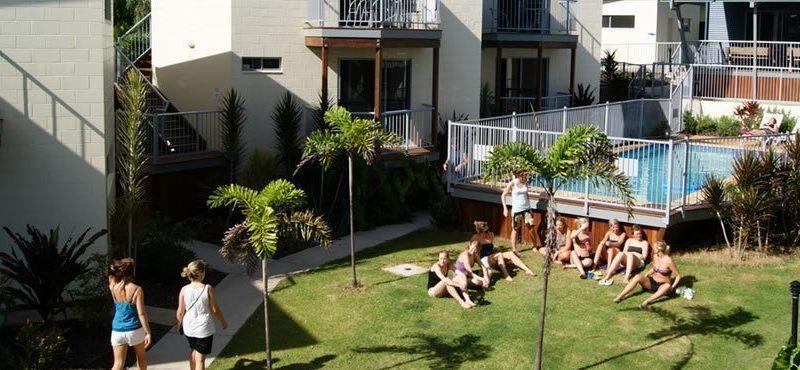 Emus Beach Resort01